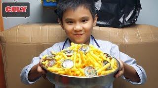 Cùng Cu Tũn ăn bánh Oishi Toonies lụm được thẻ vàng One Piece hải tặc xịn thumbnail