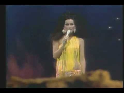 Cher - Gypsys Tramps And Thieves (HD)