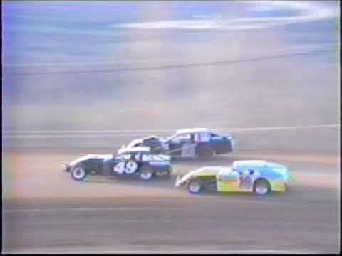 Tri-State Speedway Miller Beer Kegger 1991. - dirt track racing video image