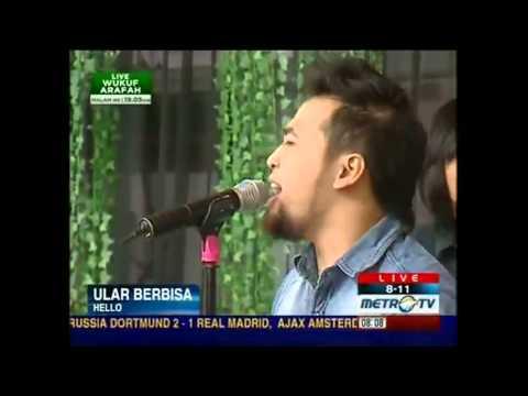 HELLOband   Ular Berbisa live acoustic at 8 11 MetroTv