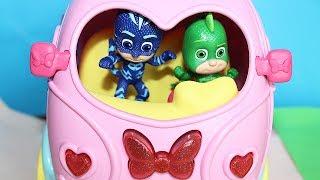 I Pj Masks Super Pigiamini alla ricerca del furgoncino dei dolci di Minnie [Storia]