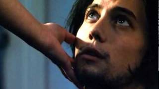Jackson Rathbone and Laura Donnelly kiss in 'Dread'