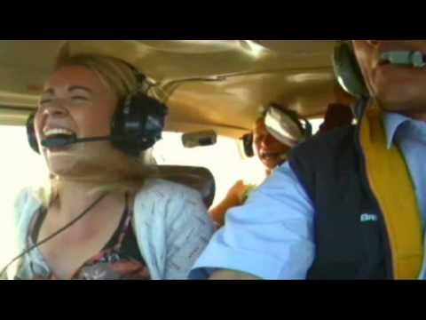 Teletext Holidays TV ad - The Best Holidays of Your Life - Summer 2011 Campaign