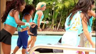 Aqua Zumba and Outdoor Zumba Party WARM UP