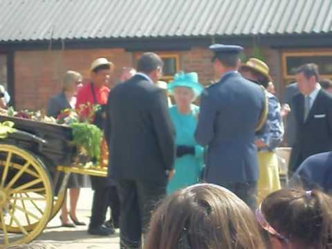 Presentation of a Sulphur Lamp to Her Majesty Queen Elizabeth II