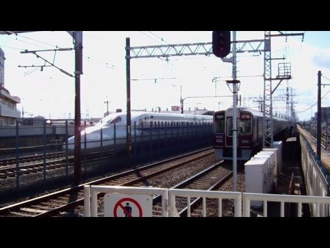 Watch Japanese Bullet Trains (Shinkansen) Fly into your living room!!!