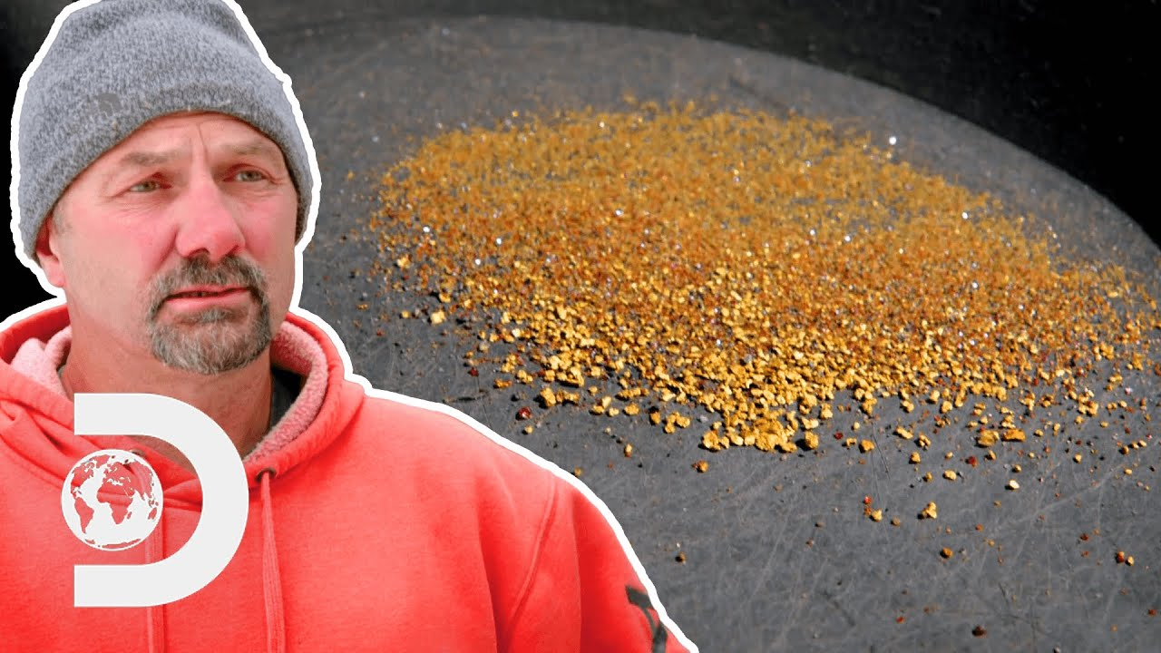 Dave Scouts Out Potential Gold Jackpot Worth Millions Of Dollars I Gold Rush: Winter's Fortune