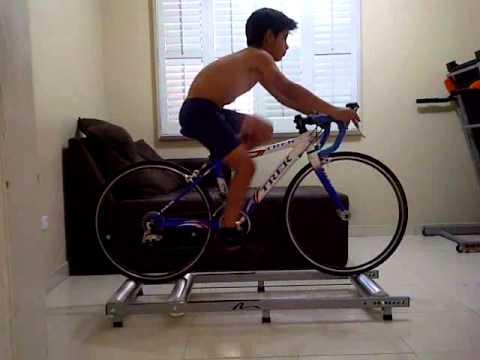 Federico Macias Rodillos Nashbar Rollers 9 Anos Years Bike Cycle
