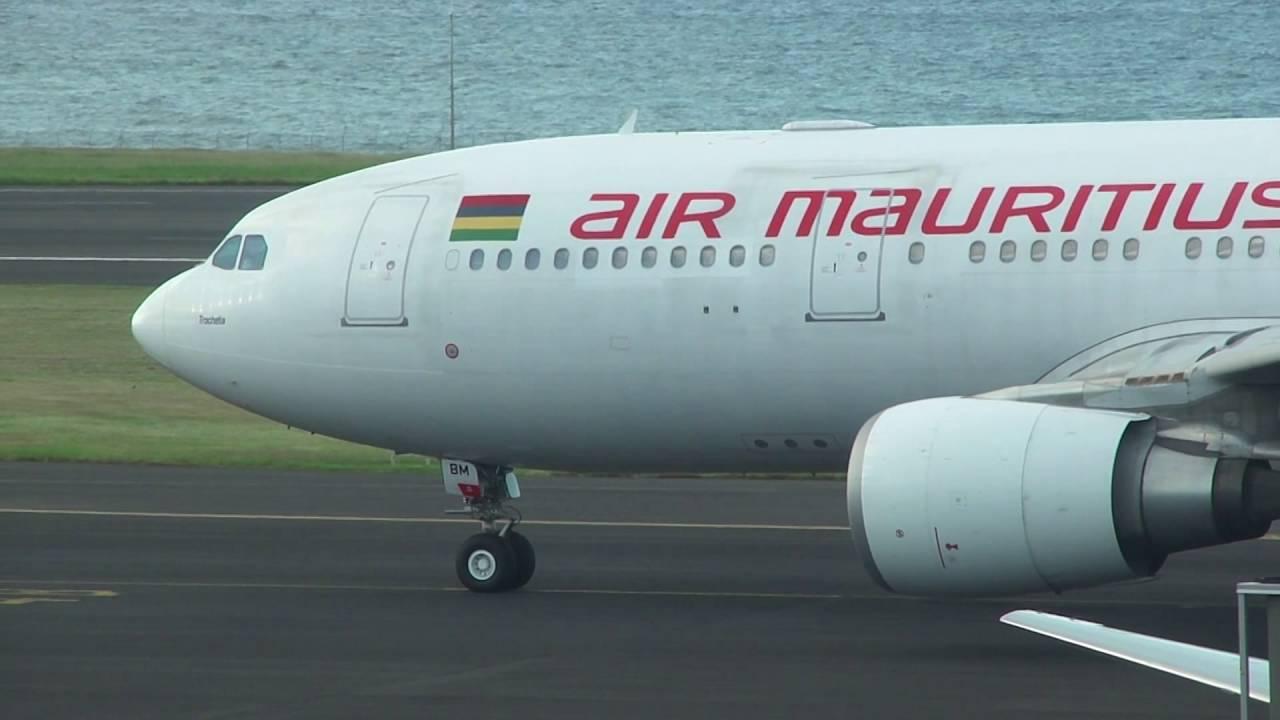 d u00e9part airbus a330-200 air mauritius  a u00e9roport roland garros  run