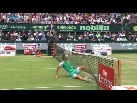 Dimitrov, Kyrgios, Zverev in Best Grass-Court Slips and Falls 2017