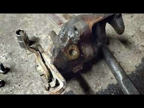 Как прокачать тормоза если сломан штуцер прокачки
