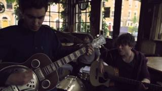 'Lie Back' by Shy Nature - Burberry Acoustic