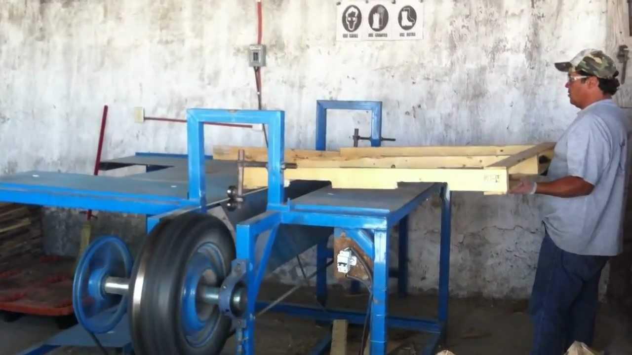 Maquinaria para desarme de tarimas de madera youtube - Sierra para cortar madera ...
