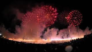諏訪湖花火大会フィナーレは長さ2Kmのナイアガラ(4K)