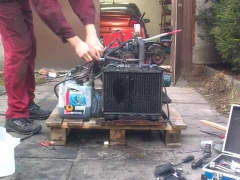 kubota diesel engine 2cyl opoczno 2 youtube. Black Bedroom Furniture Sets. Home Design Ideas