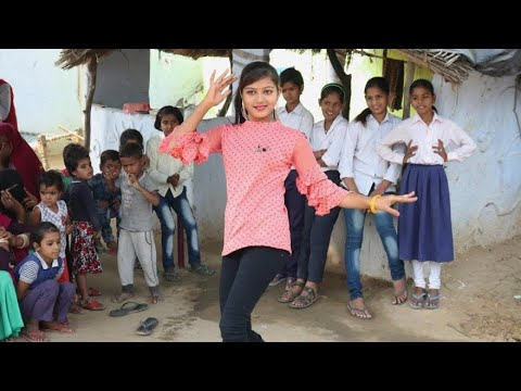 Mat Chale Gajab Ki Chaal | A Beautiful Girl Dance Between Villagers || Satyam Thakur||