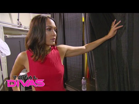 Did Nikki Bella get cleared to return to the ring?: Total Divas Preview Clip, May 3, 2017