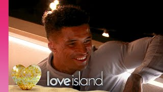 FIRST LOOK: Michael Makes a Move on Amber | Love Island 2019