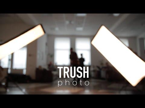 Backstage Trush.Photo for Elizabeth de la Vega