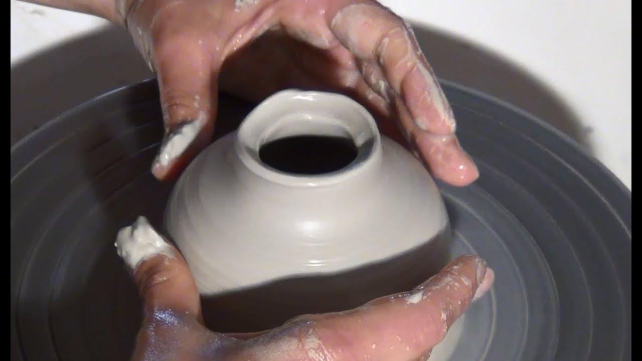 Tornear una pieza cerrada de arcilla curso cer mica for Arcilla para ceramica