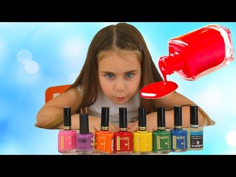 Alika pretend play with magic nail polish colors by Globiki