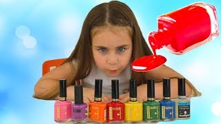Alika pretend play with magic nail polish colors by Globiki