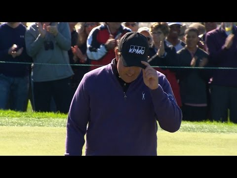 Phil Mickelson makes unbelievable 2-putt birdie at Farmers