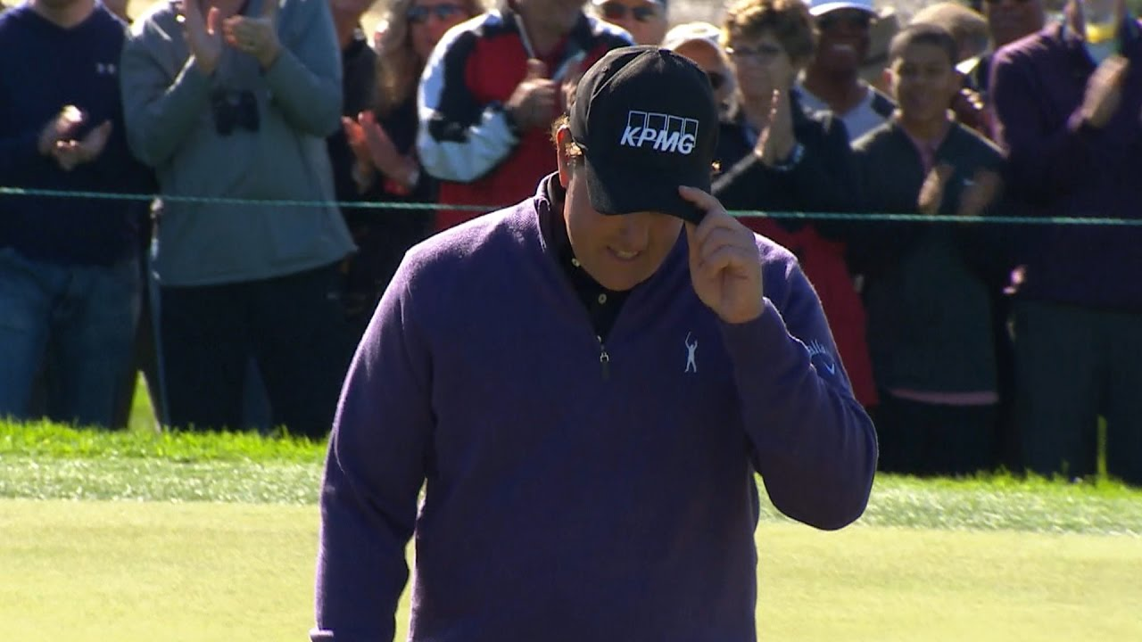 Phil Mickelson Makes Unbelievable 2 Putt Birdie At Farmers