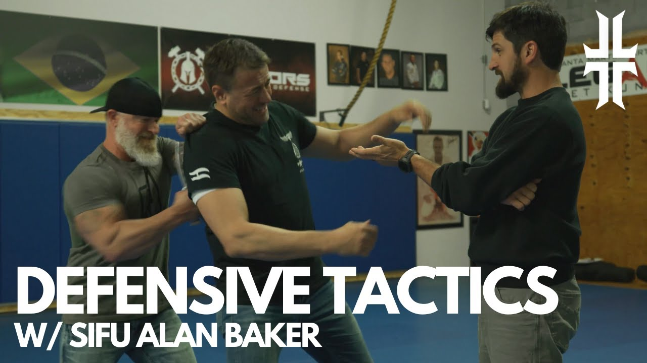 Pro Knife Fighter shows what REALLY works