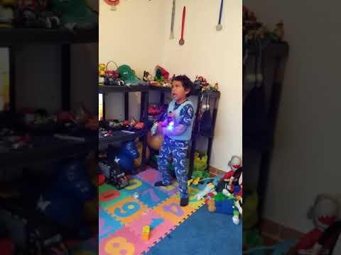 Mi Slime en mi cuarto de juegos - YouTube