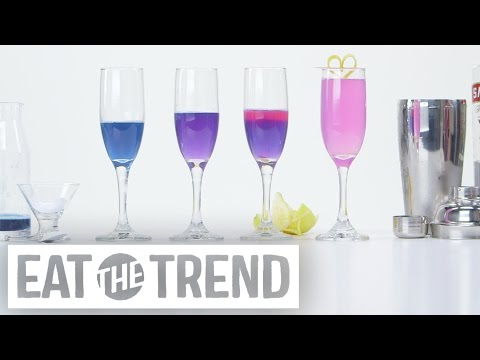 How to Transform a Cocktail From Blue to Pink