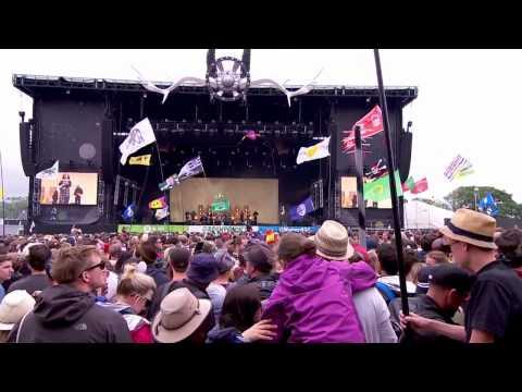 Jungle - Julia (Live Glastonbury 2015)