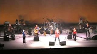 富岡音楽祭2005でオープニングアクトをつとめたブレンド この曲は5曲演...
