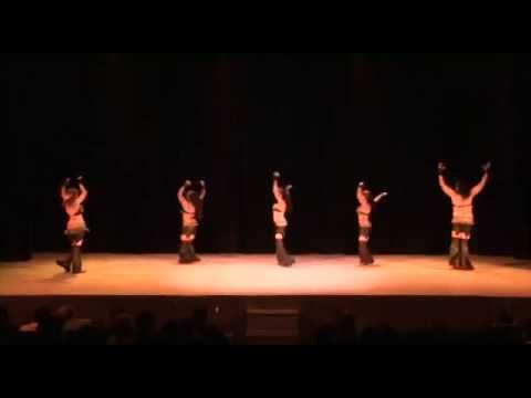 Luna Roja - Bulgarian Chicks - Balkan Beat Box