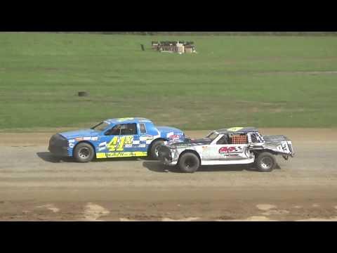 Street Stock B Feature #2 at Crystal Motor Speedway, Michigan on 09-16-2018!