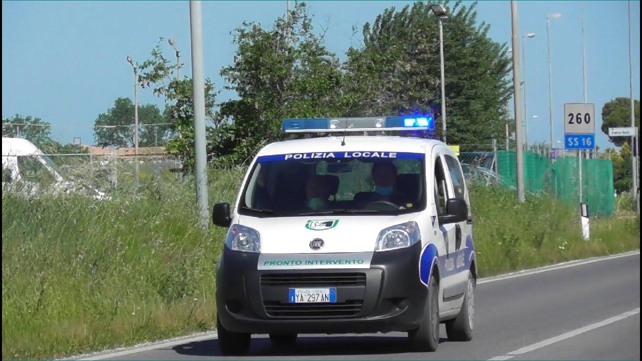Polizia Locale di Fano in Emergenza / Italian Local Police Car in Emergency