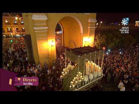 Salida de la Esperanza Macarena - Madruga Sevilla 2014