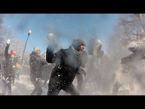 Epic 'Snow Wars' snowball fight kicks off in Washington
