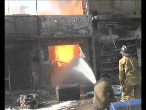 लुधियाना के इंडस्ट्री एरिया में लगी पेंट फैकट्री व् पेंट कई दुकानो मे लगी भयानक आग