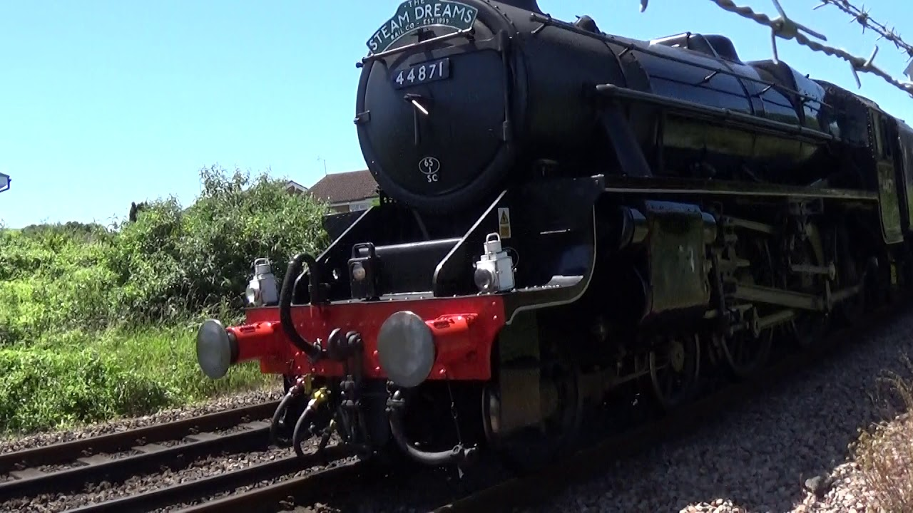 Repeat Steam train passes through Polegate 22-06-2019 by Nick