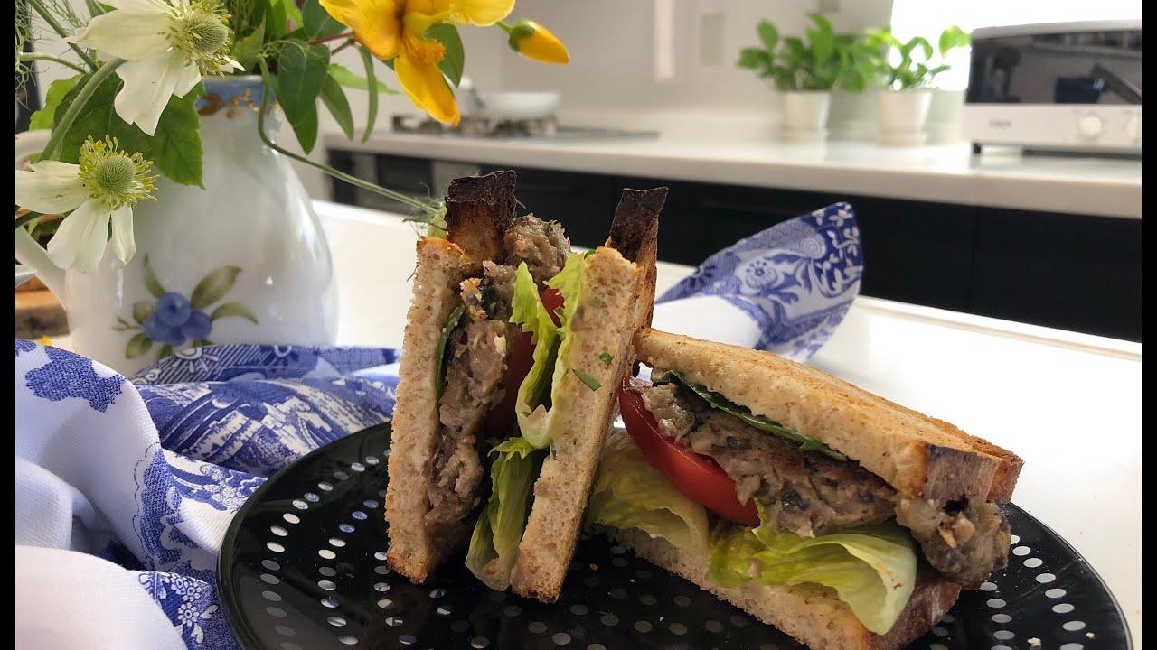 "YouTube recipe ""Vegan patty sandwich"" / ""ヴィーガンパテサンド"""