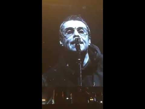 Liam Gallagher Live @Marina Bay, Singapore &Toyota, Japan [Clips]