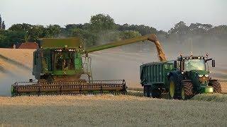 Harvest 2018 - Combining Spring Barley with John Deere C670i & JD 6195R Carting