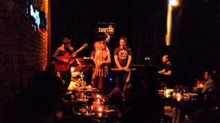 Çağıl Kaya Band - Ve Ben Yalnız