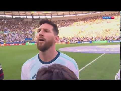 Messi cantó a viva el Himno Nacional en la previa del encuentro con Venezuela