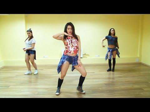 видео: Урок движения. reggaeton связка. Урок 1