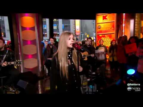 Avril Lavigne: Interview + Wish You Were Here  (GMA 22/11)
