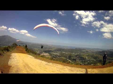 131015 Paragliding Dzumac New Caledonia
