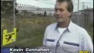 Reporter Touches a 6000 volt Fence thumbnail