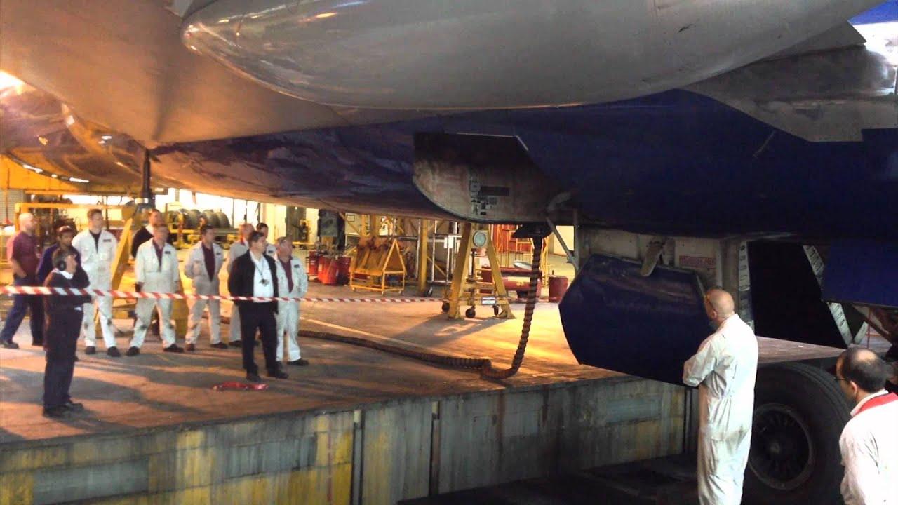 boeing 747-400 landing gear tests